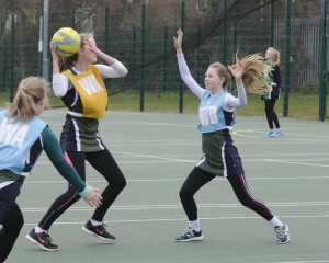 Yeovil U14 Netball Tournament 20150308-045 10 x 8